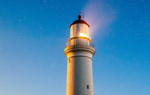 rsz_lighthouse_joshua-hibbert-22841-crop